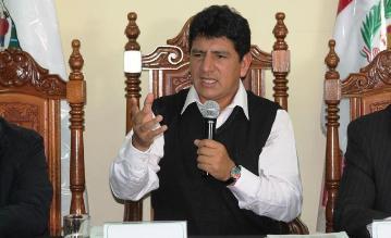 Cajamarca: Gobernador Porfirio Medina sustentará presupuesto para el 2016