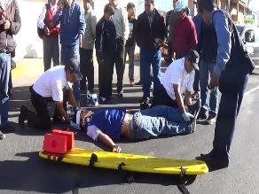 Arequipa: pasajeros resultan heridos al caer de combi