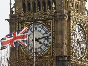 Cadena perpetua para británico de 15 años por instigar ataque yihadista