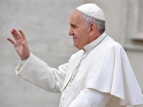 Papa confirma no apoyar posturas de activista antihomosexual