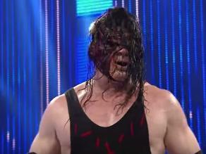 WWE: El Demonio Kane golpeó a todos y tiene la mira puesta en Seth Rollins