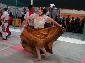 Katiuska ocupó segundo lugar en concurso de marinera en penal de Chiclayo