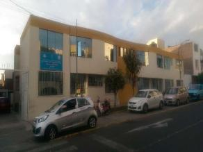Arequipa: roban recién nacido de posta de salud