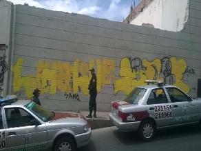 Arequipa: intervienen a tres jóvenes por dañar el Centro Histórico