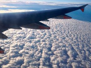 Arabia Saudita: aeromoza ofrecía sexo en pleno vuelo por 2 mil euros