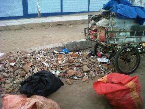 Chiclayo: sancionan a más de 20 personas por arrojar basura en calles