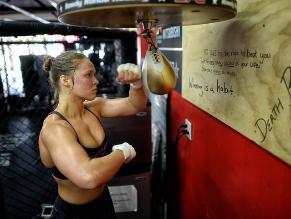 YouTube: así se prepara Ronda Rousey para su próxima pelea en UFC