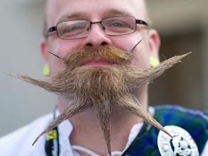 Austria: excéntrico concurso de barbas y bigotes