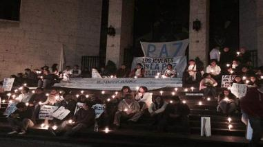 Enfermeros realizan vigilia en Catedral de la ciudad