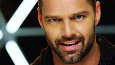 Ricky Martin se rindió ante los encantos de un joven expresidiario
