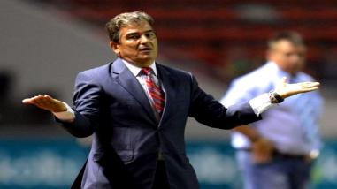 Péru vs. Colombia: Jorge Luis Pinto criticó duramente a José Néstor Pékerman