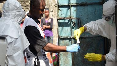 OMS: ébola sigue como emergencia sanitaria de alcance internacional