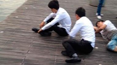 China: personal de ventas es castigado por no llegar a meta