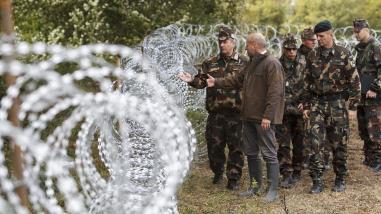 Croacia cerrará fronteras a refugiados si lo hacen Alemania y Hungría