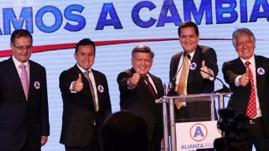 César Acuña lanzó su precandidatura presidencial y se denomina
