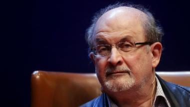 Salman Rushdie: No es divertido ser el eterno candidato al Premio Nobel