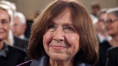 La Nobel de Literatura, Svetlana Alexiévich, una periodista comprometida