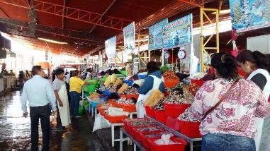 Arequipa: se incrementó en 40% el precio de productos marinos por oleajes