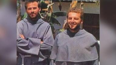 Exhuman cuerpos de sacerdotes que serán beatificados en diciembre