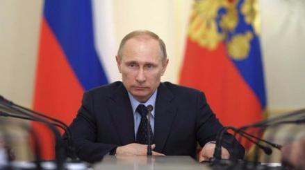 Rusia: Putin prohíbe a funcionarios volar con aerolíneas extranjeras