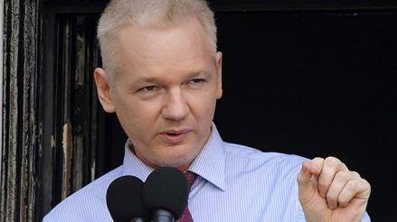 Ecuador pidió salvoconducto humanitario para que Assange visite clínica