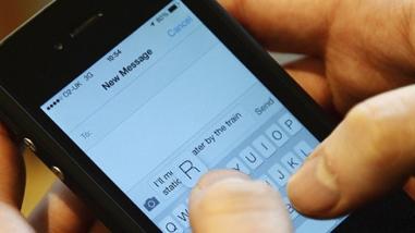 Para el 41% de jóvenes peruanos es imprescindible llevar su smartphone