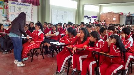 Chimbote: brindan charlas a escolares sobre