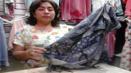 Chiclayo: sujetos desconocidos queman puesto de ropa del mercado central