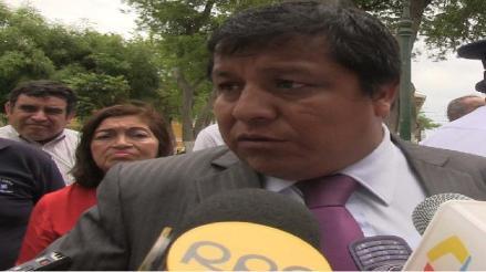 Congresista Huayama se pronuncia por renuncia de Marisol Espinoza