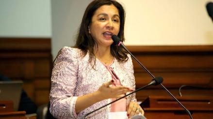 Vicepresidenta Marisol Espinoza renuncia a Partido Nacionalista