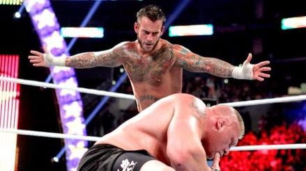UFC: ¿CM Punk podría seguir los pasos de Brock Lesnar?