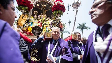 Lima distingue al Señor de los Milagros con orden de Gran Cruz