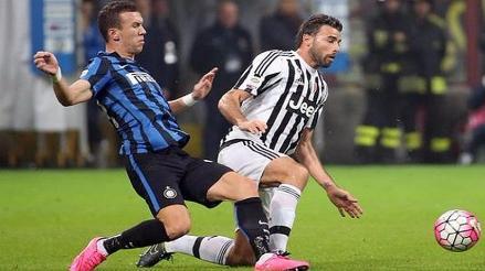 Juventus e Inter de Milán igualaron 0-0 en un pálido duelo por la Serie A