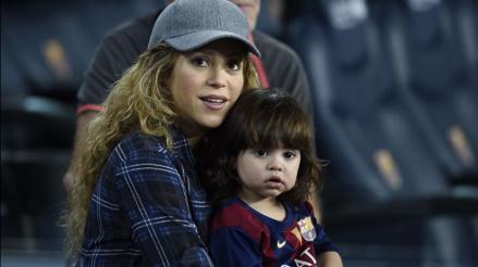 Shakira estudia con Milan los países de América del Sur