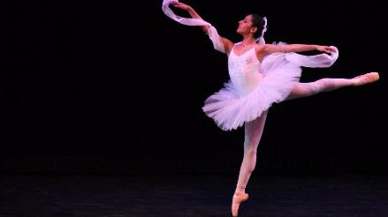 "Escuela Nacional Superior de Ballet presenta ""Noche de Gala"""