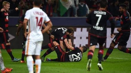 Bayer Leverkusen y Roma protagonizaron el  partido más loco de la Champions League