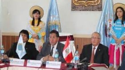Rector de la UNC utilizaría jurisprudencia para continuar en el cargo