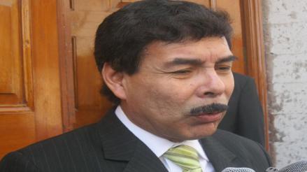Alcalde de Alfredo Zegarra criticó destitución de Julia Príncipe