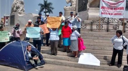 Obreros municipales de Trujillo inician huelga de hambre