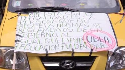 Taxistas en Bogotá realizan nueva protesta contra Uber