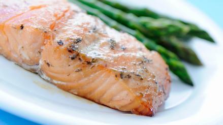 Consumir pescado es clave para prevenir y controlar diabetes