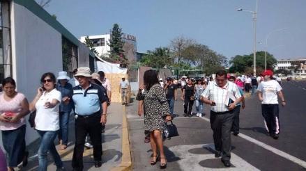 Personal de USE impide que manifestantes tomen Bypass de Ovalo Mansiche