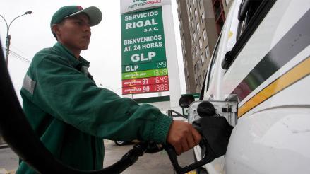 Opecu: Gasoholes solo bajan 2,8% en Lima pero en EEUU se reducen 20,2%