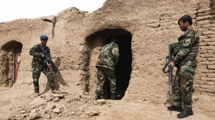 Mueren 120 talibanes en choques con las tropas afganas