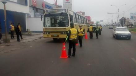 MML retira vehículos no autorizados del corredor Javier Prado