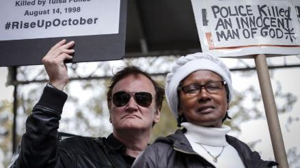 Quentin Tarantino protestó contra la violencia policial