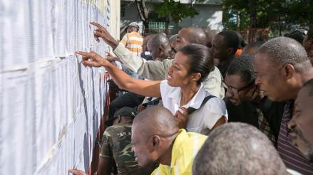 Haití elige presidente en una de las jornadas más pacíficas de su historia