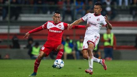 Christian Cueva vio la roja el fin de semana, pero podrá jugar la próxima fecha con Toluca
