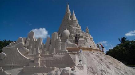 Miami bate récord Guinness construyendo castillo de arena más grande de mundo