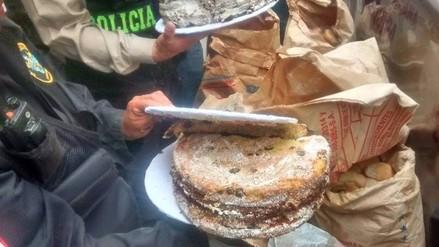 Hallan pan con hongo en panadería del cercado